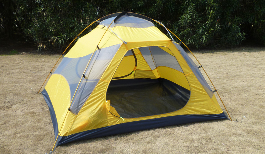 3 Persons Backpacking Tent